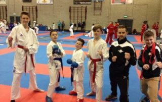SE-FI-karate-jeugdkarate-vanentoernooi-2016-400x300