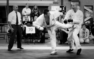 El-hatri-toernooi-Gérard-Theloesen-karate-trap-400x320