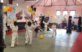 karatefeestje-SE-FI-karate-Nijmegen-3-400x225
